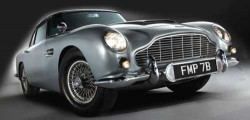 Classic returns: A 1964 Aston Martin DBS sold for around €3 million in 2010 ©Newscom